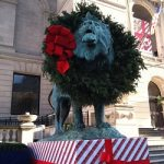 Art Institute of Chicago: Free Family Holly Days