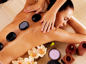 Discount spa treatments at Universal Spa Training Academy in Downers Grove