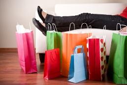 shopping-bags-legs